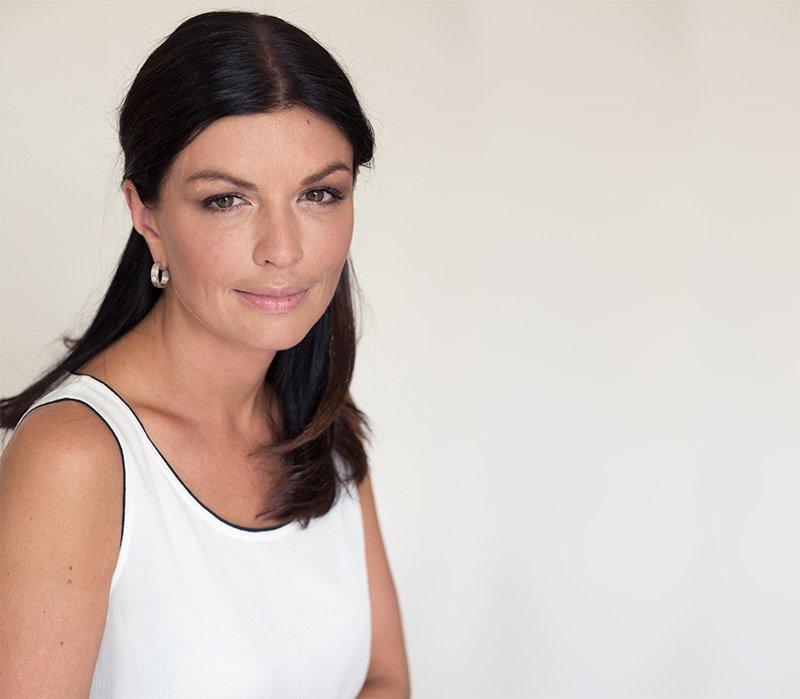 Dr Roxana Aldéa